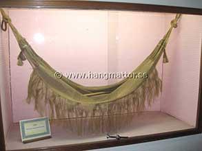 Ursprunglig modell av hängmatta på museum