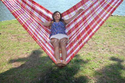 Hängmatta Tocantins ligger på tvären i hängmattan